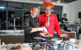 Open It - Showcooking - LIVINCASA / SMEG